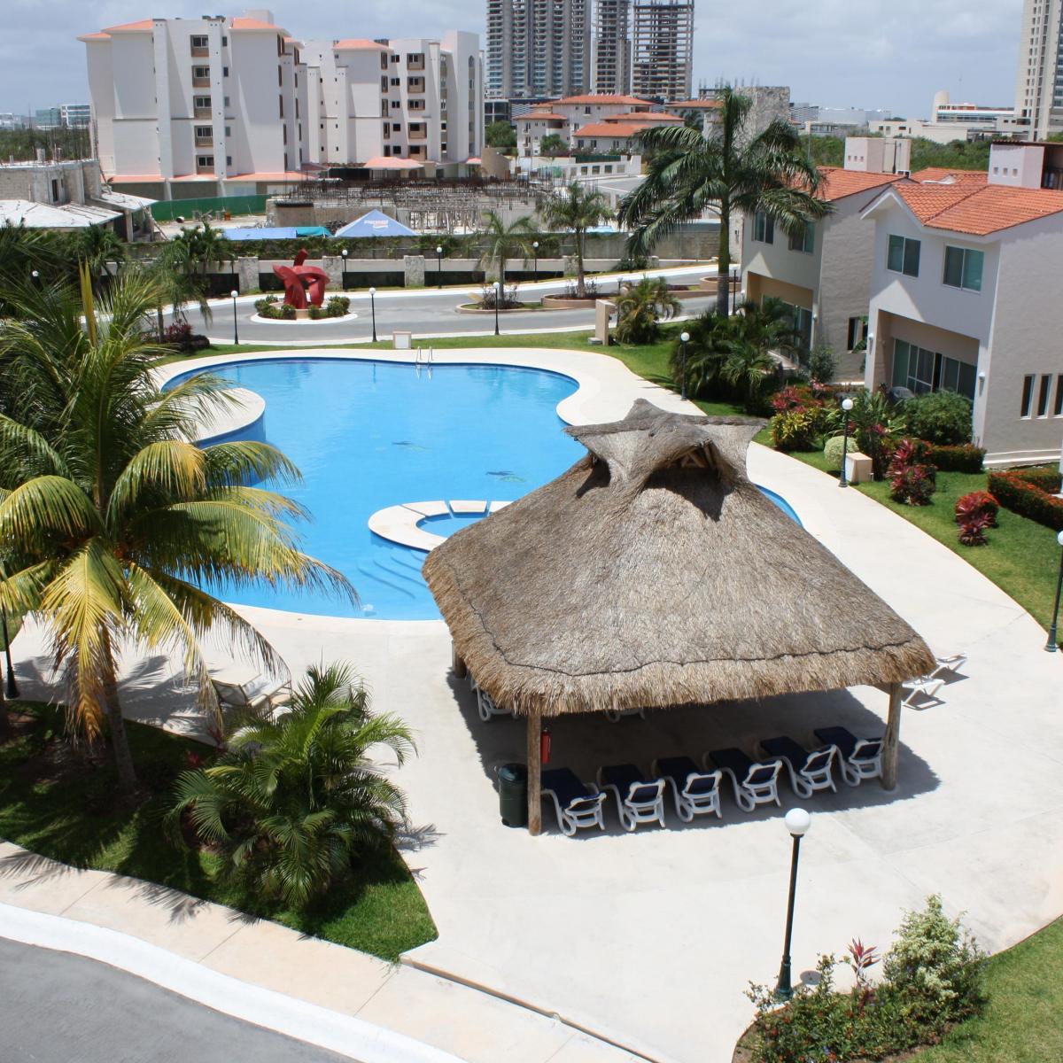 Depto en Venta Cancun Excelente zona, seguridad, alberca